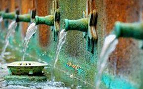 Jungbrunnen Wasser