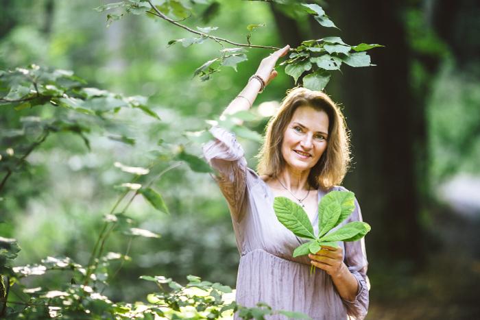 Lydia Fillbach im Wald